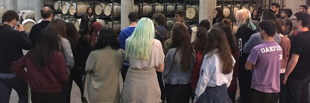 Bodegas Manzanos recibe la visita de los alumnos del IES Batalla de Clavijo de Logroño